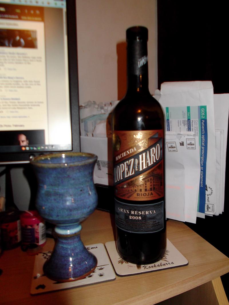 Wine, knit, oh my! 004